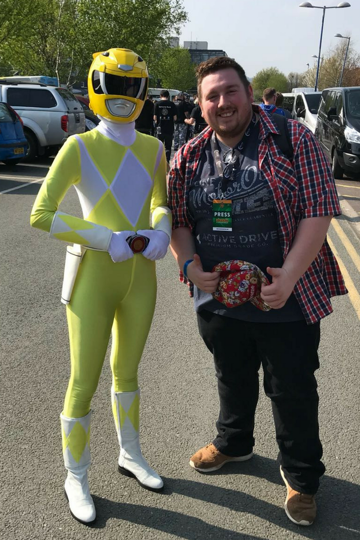 yellow power ranger cos play
